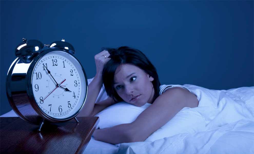 چرا عده ای خواب شان را مدام به تعویق می اندازند؟