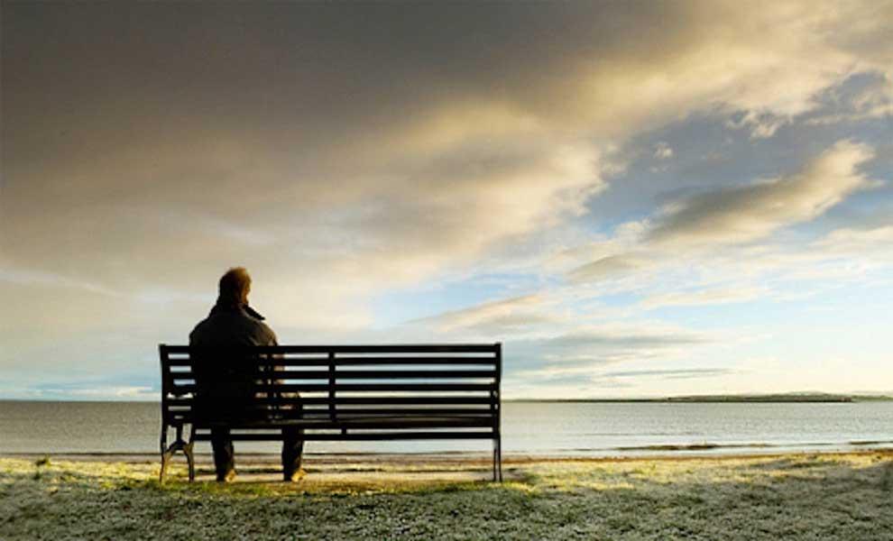 آیا تا به حال احساس کرده اید که نیاز است گاهی با خود خلوت کنید؟