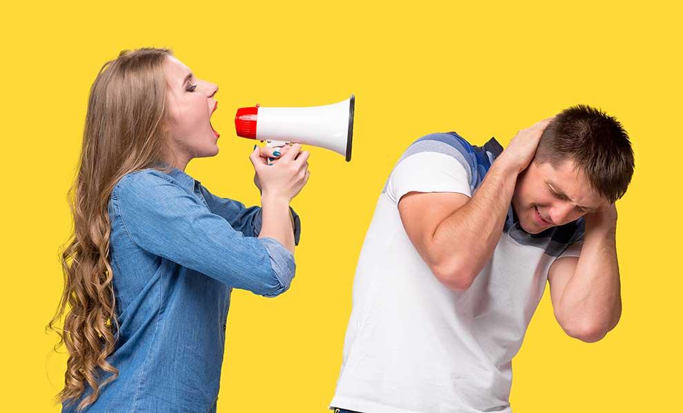 بد دهنی همسر و طرز برخورد با او